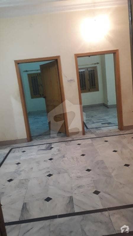 حیات آباد فیز 6 - ایف10 حیات آباد فیز 6 حیات آباد پشاور میں 3 کمروں کا 5 مرلہ بالائی پورشن 18 ہزار میں کرایہ پر دستیاب ہے۔