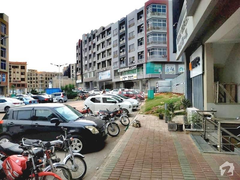بحریہ ٹاؤن فیز 4 بحریہ ٹاؤن راولپنڈی راولپنڈی میں 2 کمروں کا 4 مرلہ فلیٹ 45 لاکھ میں برائے فروخت۔