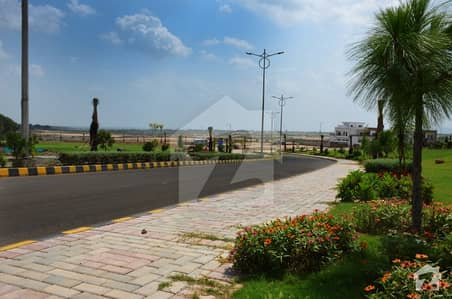 ٹاپ سٹی - بلاک بی ٹاپ سٹی 1 اسلام آباد میں 1 کنال رہائشی پلاٹ 1.44 کروڑ میں برائے فروخت۔
