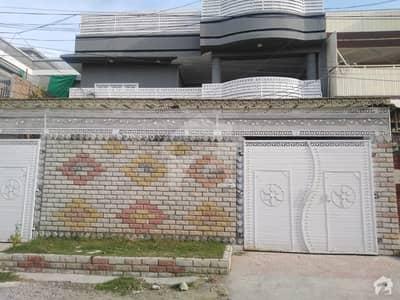 حیات آباد فیز 2 - جے3 حیات آباد فیز 2 حیات آباد پشاور میں 7 کمروں کا 10 مرلہ مکان 3.4 کروڑ میں برائے فروخت۔