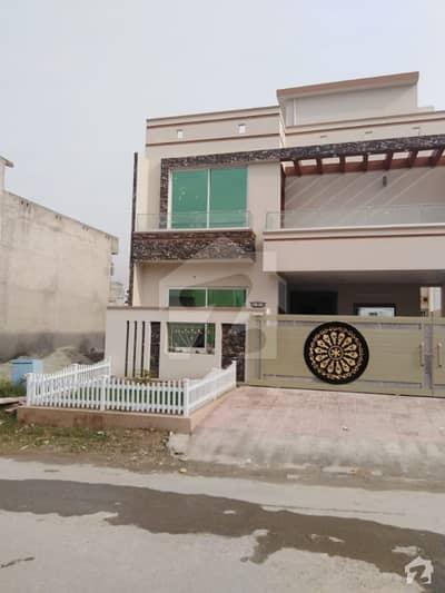 جناح گارڈنز ایف ای سی ایچ ایس اسلام آباد میں 5 کمروں کا 7 مرلہ مکان 1.6 کروڑ میں برائے فروخت۔