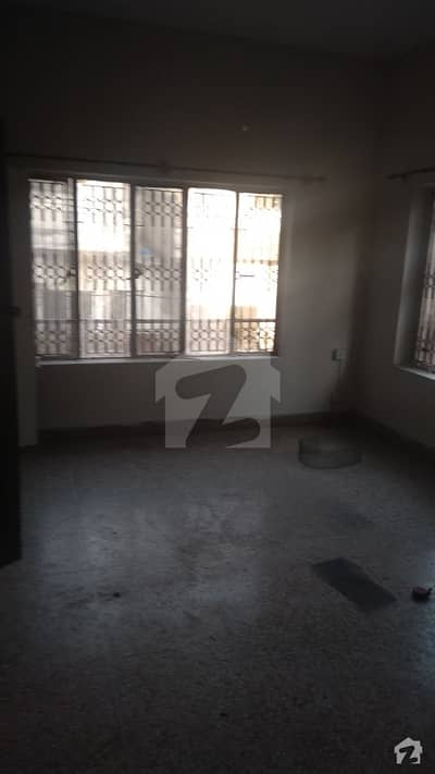 جی ۔ 10/4 جی ۔ 10 اسلام آباد میں 2 کمروں کا 6 مرلہ بالائی پورشن 38 ہزار میں کرایہ پر دستیاب ہے۔
