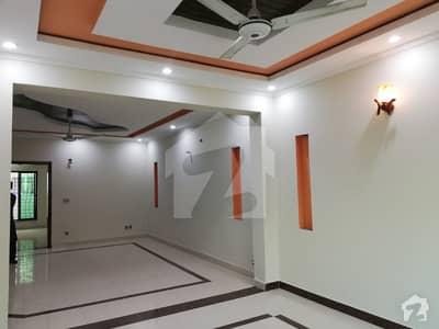 بحریہ ٹاؤن سفاری ولاز بحریہ ٹاؤن سیکٹر B بحریہ ٹاؤن لاہور میں 3 کمروں کا 8 مرلہ مکان 40 ہزار میں کرایہ پر دستیاب ہے۔