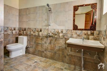 وردہ ہمنا ریزیڈینشیا ۲ جی ۔ 11/3 جی ۔ 11 اسلام آباد میں 2 کمروں کا 7 مرلہ فلیٹ 2 کروڑ میں برائے فروخت۔