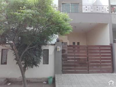ایڈن گارڈنز فیصل آباد میں 3 کمروں کا 5 مرلہ مکان 35 ہزار میں کرایہ پر دستیاب ہے۔