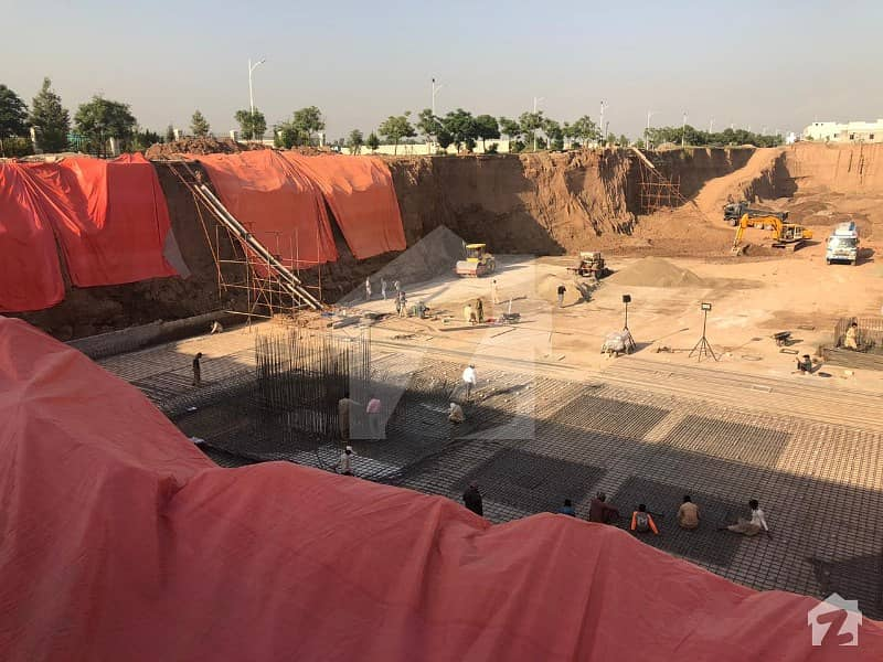 گلبرگ مال گلبرگ گرینز گلبرگ اسلام آباد میں 1 مرلہ کمرشل پلاٹ 67 لاکھ میں برائے فروخت۔