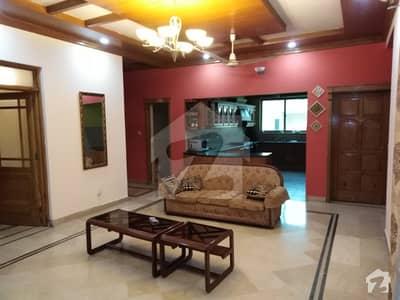 آئی ۔ 8/3 آئی ۔ 8 اسلام آباد میں 6 کمروں کا 12 مرلہ مکان 5.5 کروڑ میں برائے فروخت۔