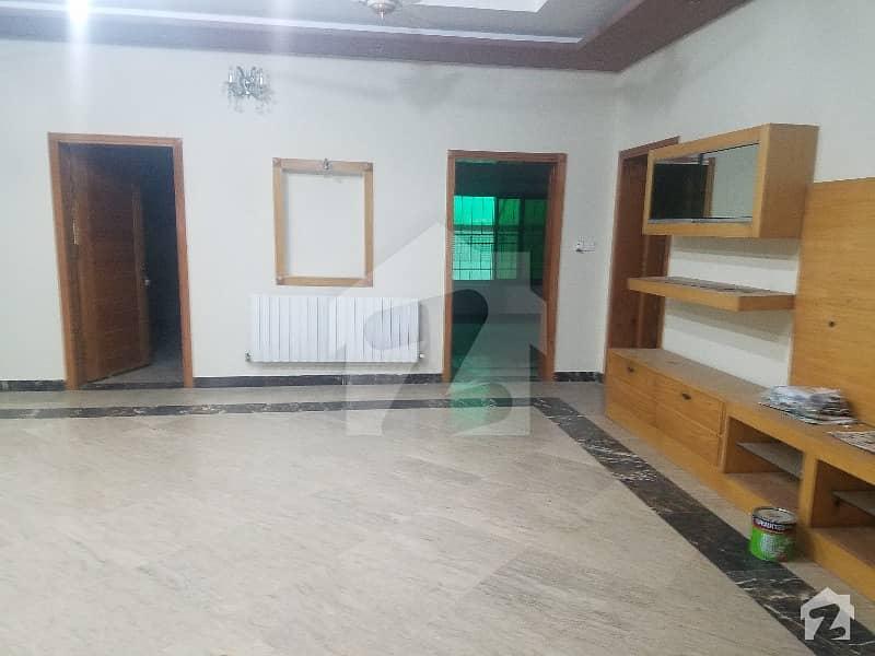 جی ۔ 9/1 جی ۔ 9 اسلام آباد میں 3 کمروں کا 14 مرلہ بالائی پورشن 70 ہزار میں کرایہ پر دستیاب ہے۔