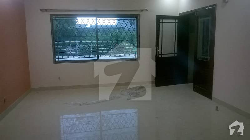 G 91 40x80 Ground portion for rent