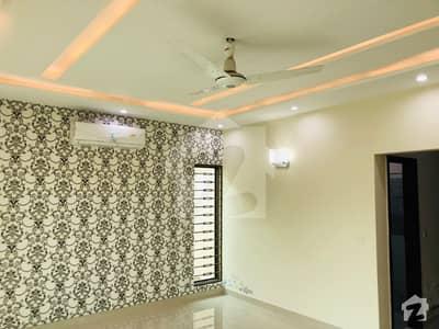 ڈی ایچ اے فیز 7 ڈیفنس (ڈی ایچ اے) لاہور میں 3 کمروں کا 1 کنال بالائی پورشن 50 ہزار میں کرایہ پر دستیاب ہے۔