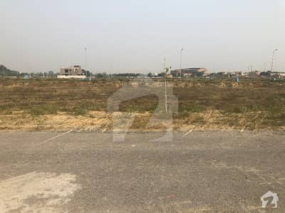 1 Kanal Plot No Z34 Is Available For Sale On Prime Location