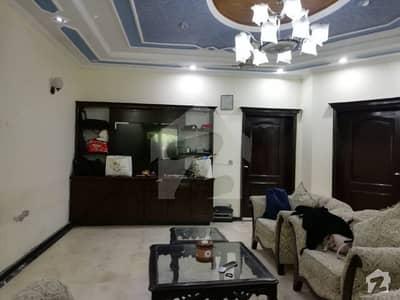 پنجاب کوآپریٹو ہاؤسنگ سوسائٹی لاہور میں 4 کمروں کا 10 مرلہ مکان 70 ہزار میں کرایہ پر دستیاب ہے۔