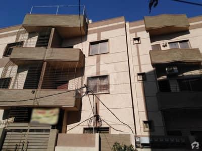 گلستانِ جوہر کراچی میں 4 کمروں کا 8 مرلہ بالائی پورشن 1.3 کروڑ میں برائے فروخت۔