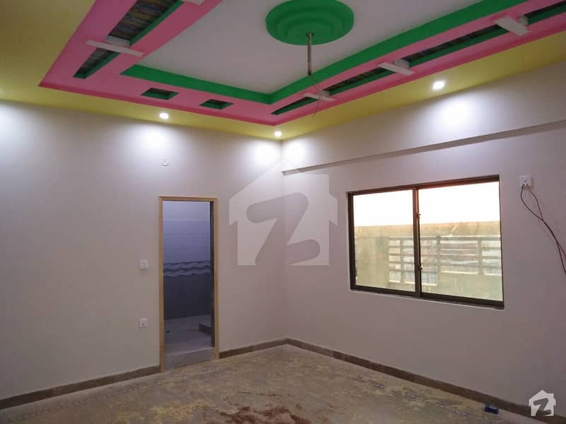 ڈیفینس ویو فیز 2 ڈیفینس ویو سوسائٹی کراچی میں 4 کمروں کا 9 مرلہ پینٹ ہاؤس 1.4 کروڑ میں برائے فروخت۔
