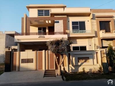 کینال ویو ہاؤسنگ سکیم گوجرانوالہ میں 5 کمروں کا 10 مرلہ مکان 1.75 کروڑ میں برائے فروخت۔