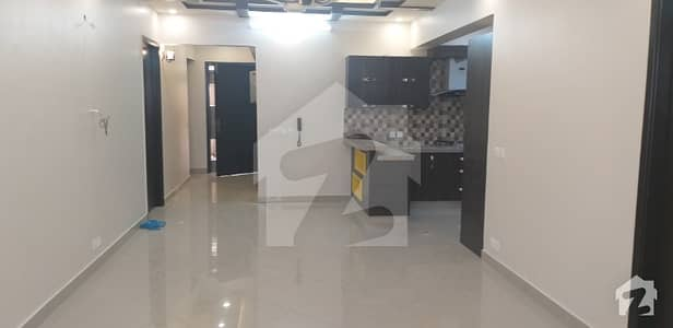 3 BED DD LUXURY FLAT AVAILABLE FOR RENT
