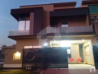 جناح گارڈنز ایف ای سی ایچ ایس اسلام آباد میں 5 کمروں کا 7 مرلہ مکان 1.7 کروڑ میں برائے فروخت۔