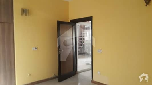 Neat  clean and fresh renovated  8 Marla for Rent in Gardenia Block Bahria Town Lahore