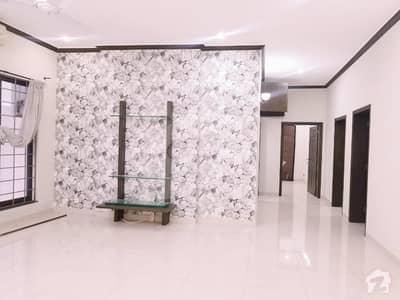 ڈی ایچ اے فیز 2 - سیکٹر جے ڈی ایچ اے ڈیفینس فیز 2 ڈی ایچ اے ڈیفینس اسلام آباد میں 9 کمروں کا 1 کنال مکان 2 لاکھ میں کرایہ پر دستیاب ہے۔
