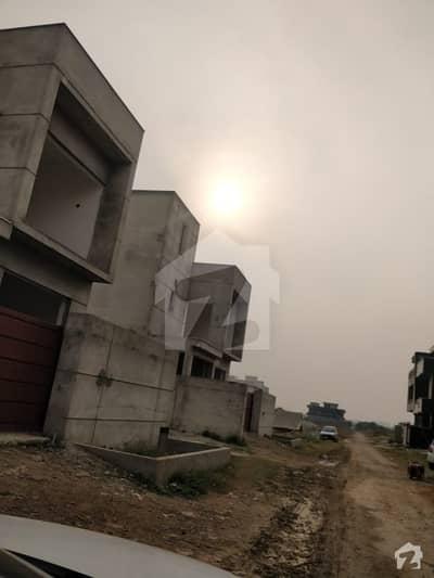 آئی 11/2 آئی ۔ 11 اسلام آباد میں 6 مرلہ رہائشی پلاٹ 1.4 کروڑ میں برائے فروخت۔