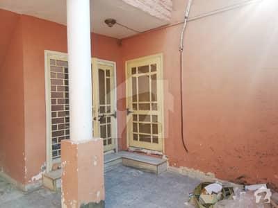 بہارہ کھوہ اسلام آباد میں 9 مرلہ مکان 1.05 کروڑ میں برائے فروخت۔