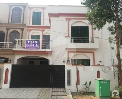 5 Marla House For Rent in Umar Block Sector B Bahria Town Lahore