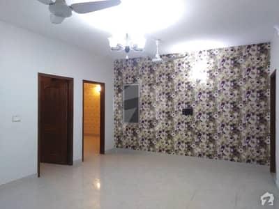 بدر کمرشل ایریا ڈی ایچ اے فیز 5 ڈی ایچ اے کراچی میں 3 کمروں کا 8 مرلہ فلیٹ 2 کروڑ میں برائے فروخت۔