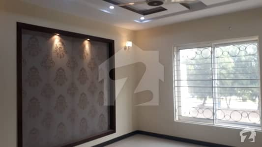 Beautiful 10 Marla Double story house for Rent in Jasmine Block Bahria Town Lahore