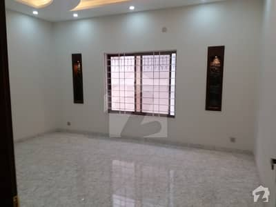 DHA PHASE 1 Full House Available for Rent Triple Story