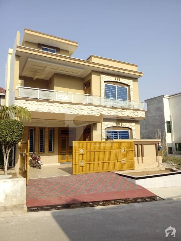 Brand New Luxury Lush 7 Marla Double Story House For Sale In Cbr Town Islamabad
