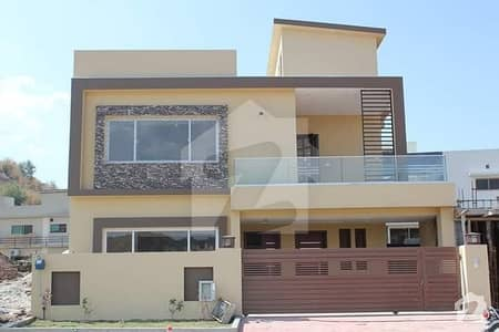 BRAND NEW LUXURIOUS PORTION FOR RENT IN GULRAIZ NEAR BAHRIA TOWN