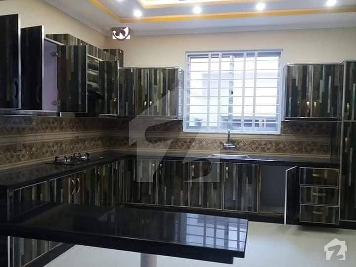 NEAT AND CLEAN PORTION FOR RENT IN GULRAIZ FOR SMALL FAMILY