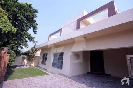1 kanal Double Unit House For Rent in Phase 3 DHA