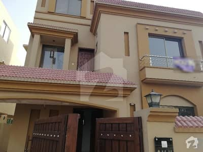 10 Marla House For Rent In Janiper Block Sector C Bahria Town Lahore