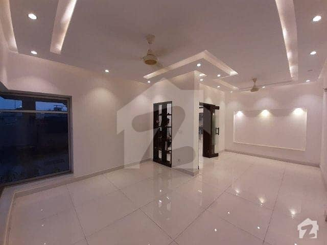 9 Marla Beautiful House for Rent In DHA PHASE 6