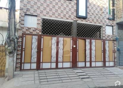 حیات آباد فیز 1 - ڈی4 حیات آباد فیز 1 حیات آباد پشاور میں 7 کمروں کا 5 مرلہ مکان 2.1 کروڑ میں برائے فروخت۔