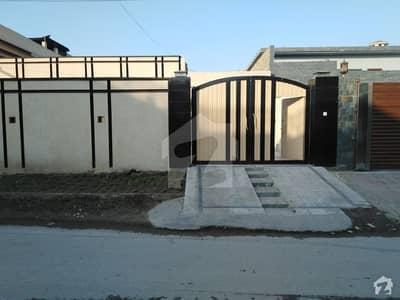 حیات آباد فیز 1 - ای2 حیات آباد فیز 1 حیات آباد پشاور میں 3 کمروں کا 1 کنال مکان 3.6 کروڑ میں برائے فروخت۔