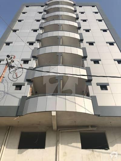 گلستانِِ جوہر ۔ بلاک 11 گلستانِ جوہر کراچی میں 2 کمروں کا 5 مرلہ فلیٹ 70 لاکھ میں برائے فروخت۔
