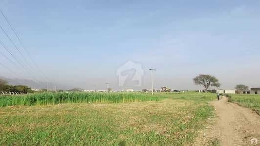 Three Sided Open Plot 30x60 Main Markaz Double Road With Huge Extra Land