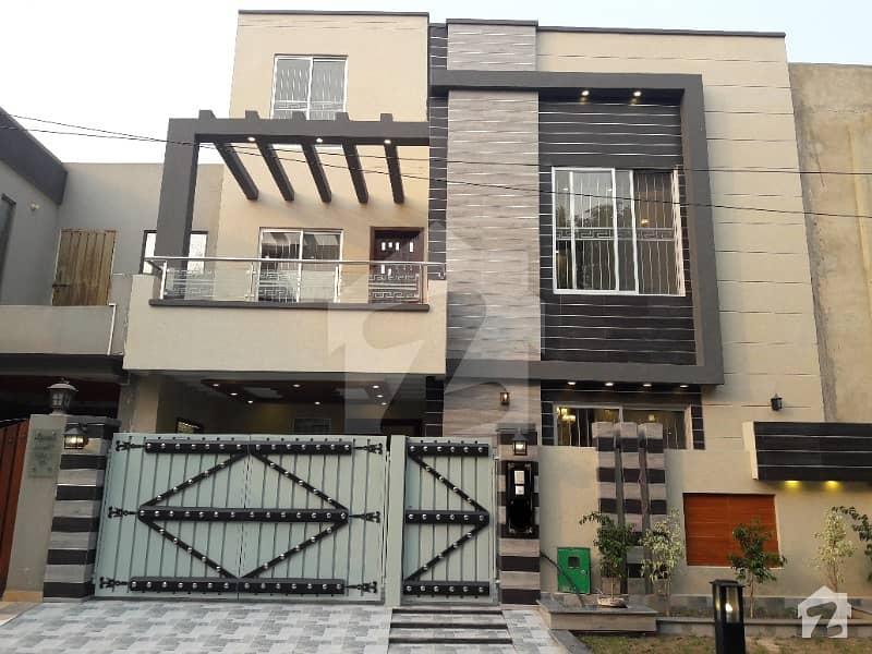 FIRST ENTRY BRAND NEW VVIP DESIGNER HOUSE FOR RENT