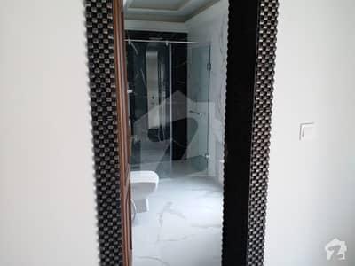 ڈی ایچ اے ڈیفینس فیز 2 ڈی ایچ اے ڈیفینس اسلام آباد میں 5 کمروں کا 10 مرلہ مکان 75 ہزار میں کرایہ پر دستیاب ہے۔