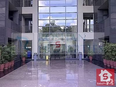 سلوراوکس اپارٹمنٹ ایف ۔ 10 اسلام آباد میں 1 کمرے کا 3 مرلہ فلیٹ 2 کروڑ میں برائے فروخت۔
