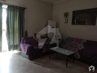 ڈی ایچ اے فیز 4 - بلاک ڈبل ای فیز 4 ڈیفنس (ڈی ایچ اے) لاہور میں 2 کمروں کا 10 مرلہ بالائی پورشن 50 ہزار میں کرایہ پر دستیاب ہے۔