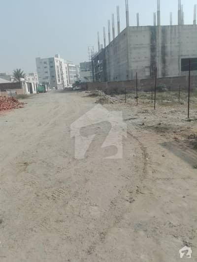 MAIN AIR PORT ROAD DEFENCE ROAD 3 KANAL COMMERCIAL PLOT NEAR TOYOTA AIR PORT MOTER AND ALNASIR SHOPPING MALL