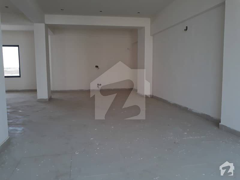 800 Sq feet Office near Shaheen Almurtaza Commercial available for Sale