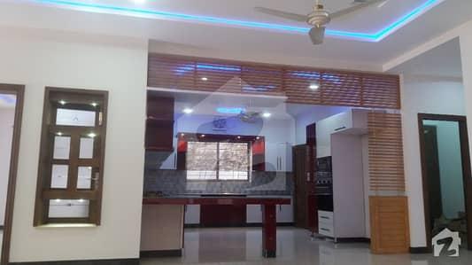 ڈی ایچ اے ڈیفینس فیز 1 ڈی ایچ اے ڈیفینس اسلام آباد میں 5 کمروں کا 1 کنال مکان 4.8 کروڑ میں برائے فروخت۔