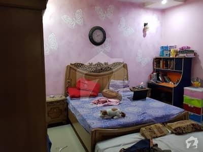 گلشنِ اقبال - بلاک 2 گلشنِ اقبال گلشنِ اقبال ٹاؤن کراچی میں 3 کمروں کا 10 مرلہ زیریں پورشن 1.7 کروڑ میں برائے فروخت۔
