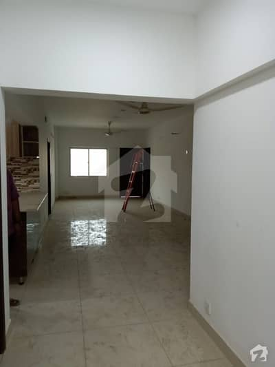 Brand New 3 Bed D/D Flat For Rent
