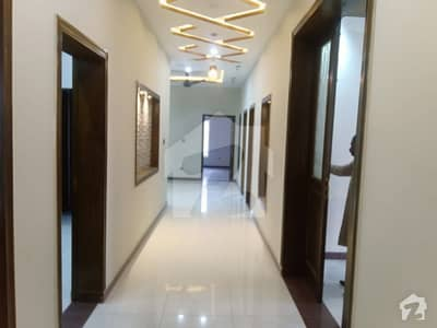 سوان گارڈن اسلام آباد میں 7 کمروں کا 1 کنال مکان 2.95 کروڑ میں برائے فروخت۔