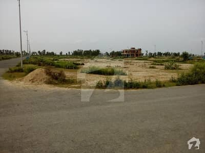 Facing 70 Feet Wide Road At Corner Top Location 1 Kanal Plot Available For Sale